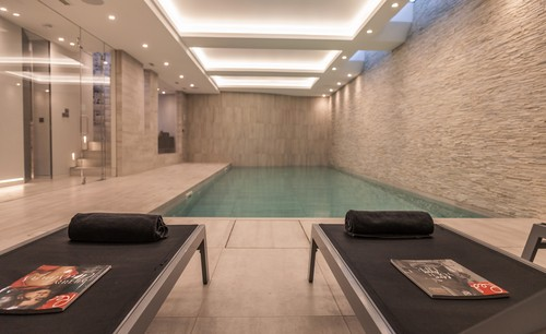 pool-lounges-7592-web-1