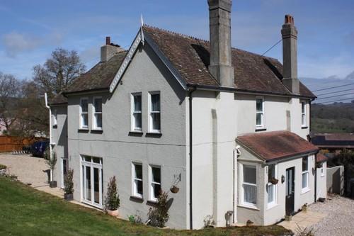 regis-guest-house