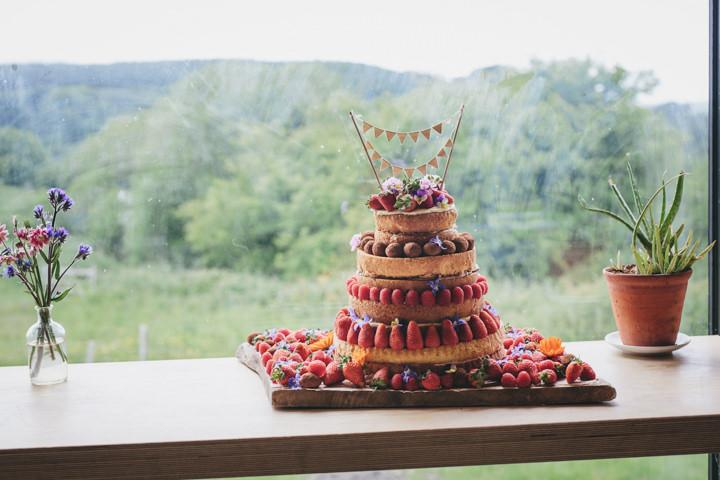 32-wedding-at-river-cottage-by-helen-lisk-photography