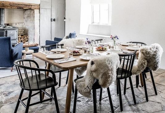 farmhouse-dining-room-157590352323912431