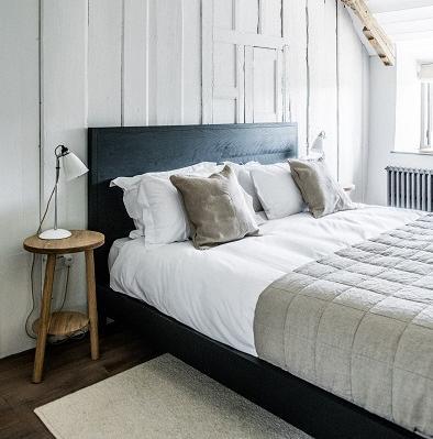 farmohuse-bedroom