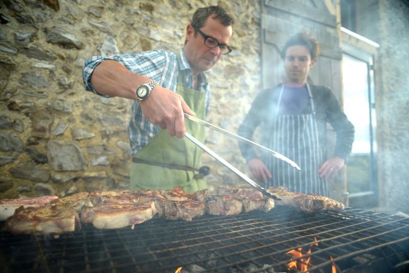 Hugh & Gill's Farmhouse Feast