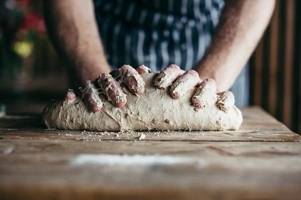 matt-austin-baking-bread