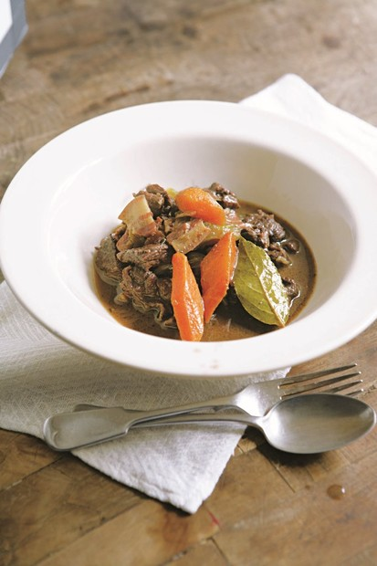 Stewed venison with juniper and bay