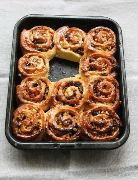 Appley Chelsea buns