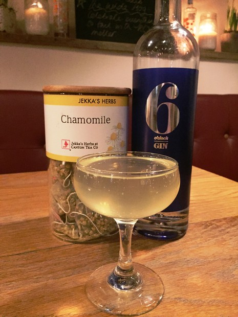 Chamomile Fizz Cocktail