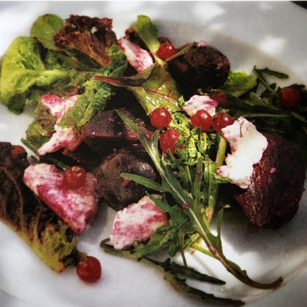 Beetroot, goat's cheese and redcurrant salad