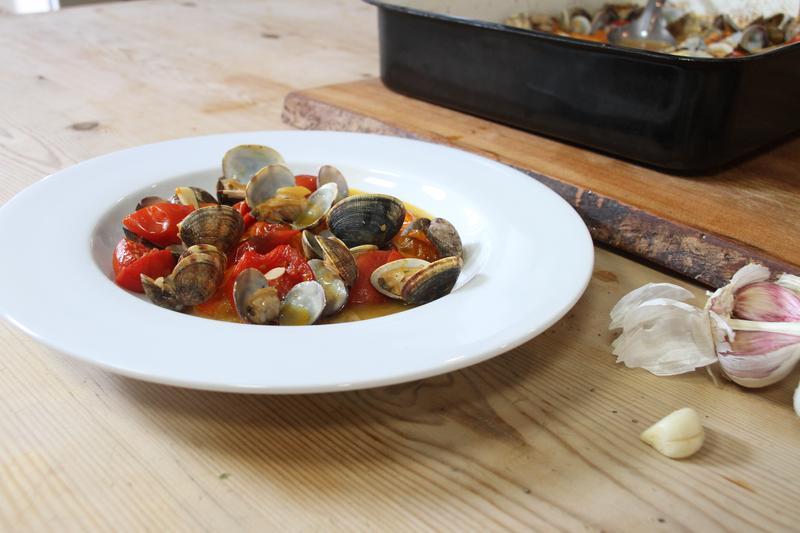 Hugh's clams, tomatoes and garlic