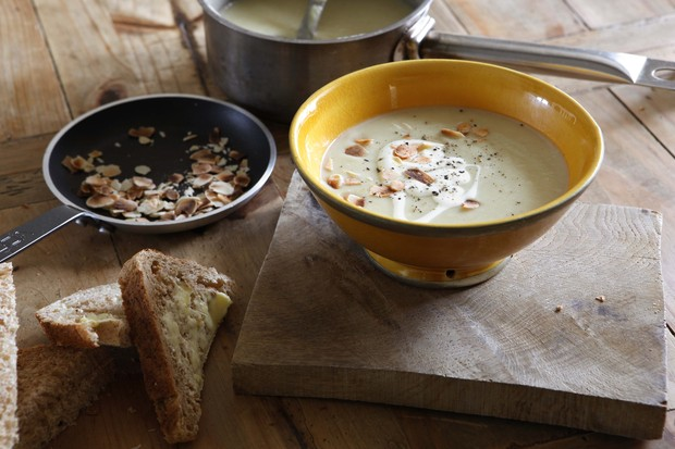 Parsnip and ginger soup