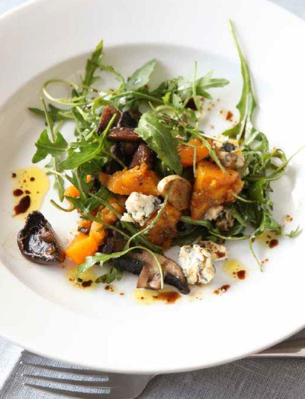 Warm salad of mushrooms and roasted squash